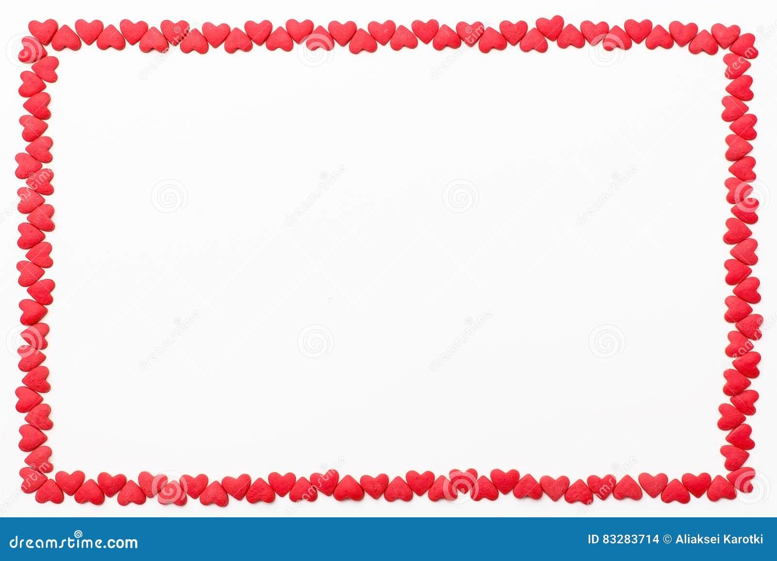 Feld von kleinen roten Herzen auf einem weißen Hintergrund Festlicher Hintergrund für Valentinsgruß ` s Tag, Geburtstag, Hochzeit
