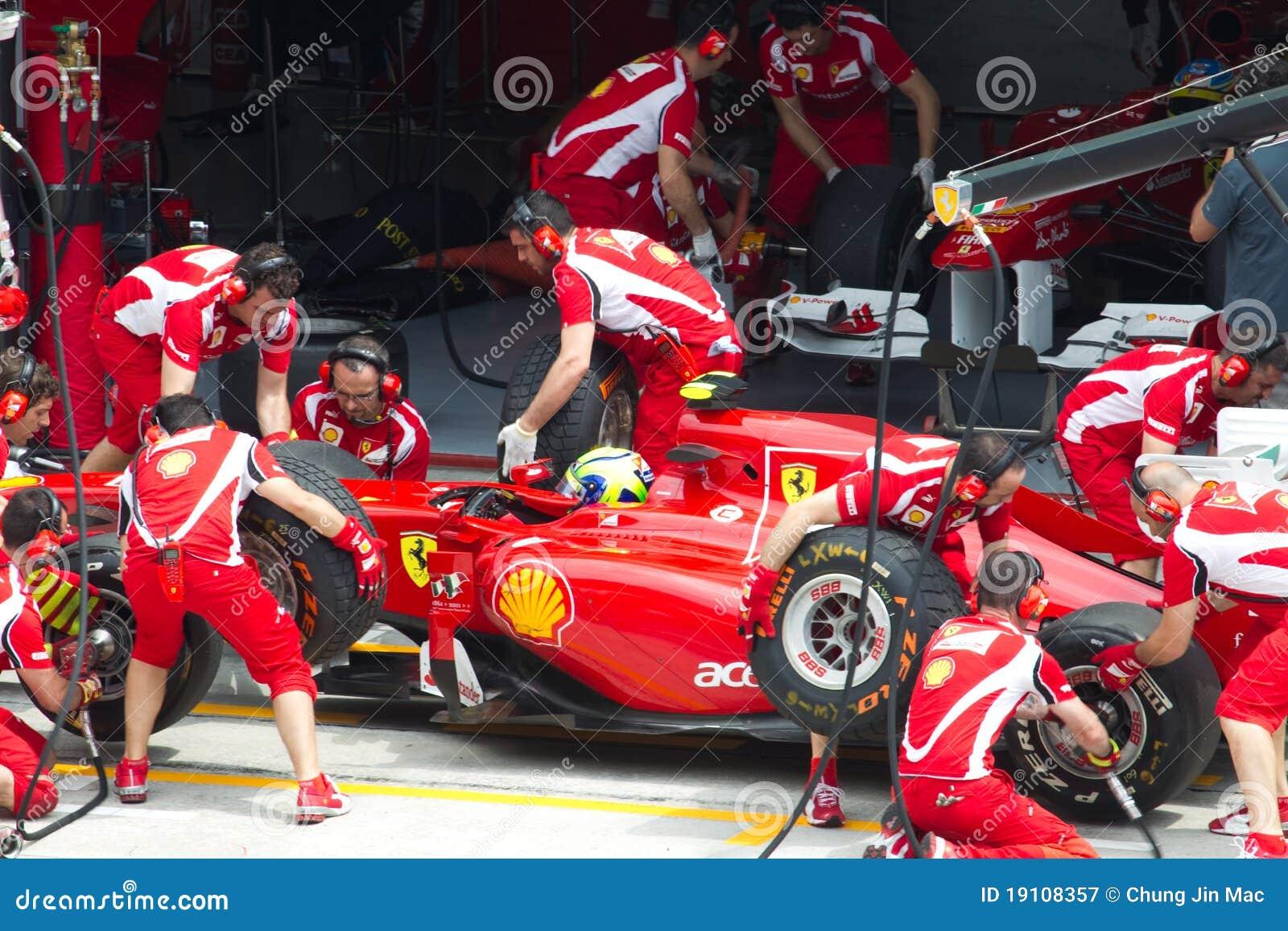 Felipe Massa hace un hueco de ensayo