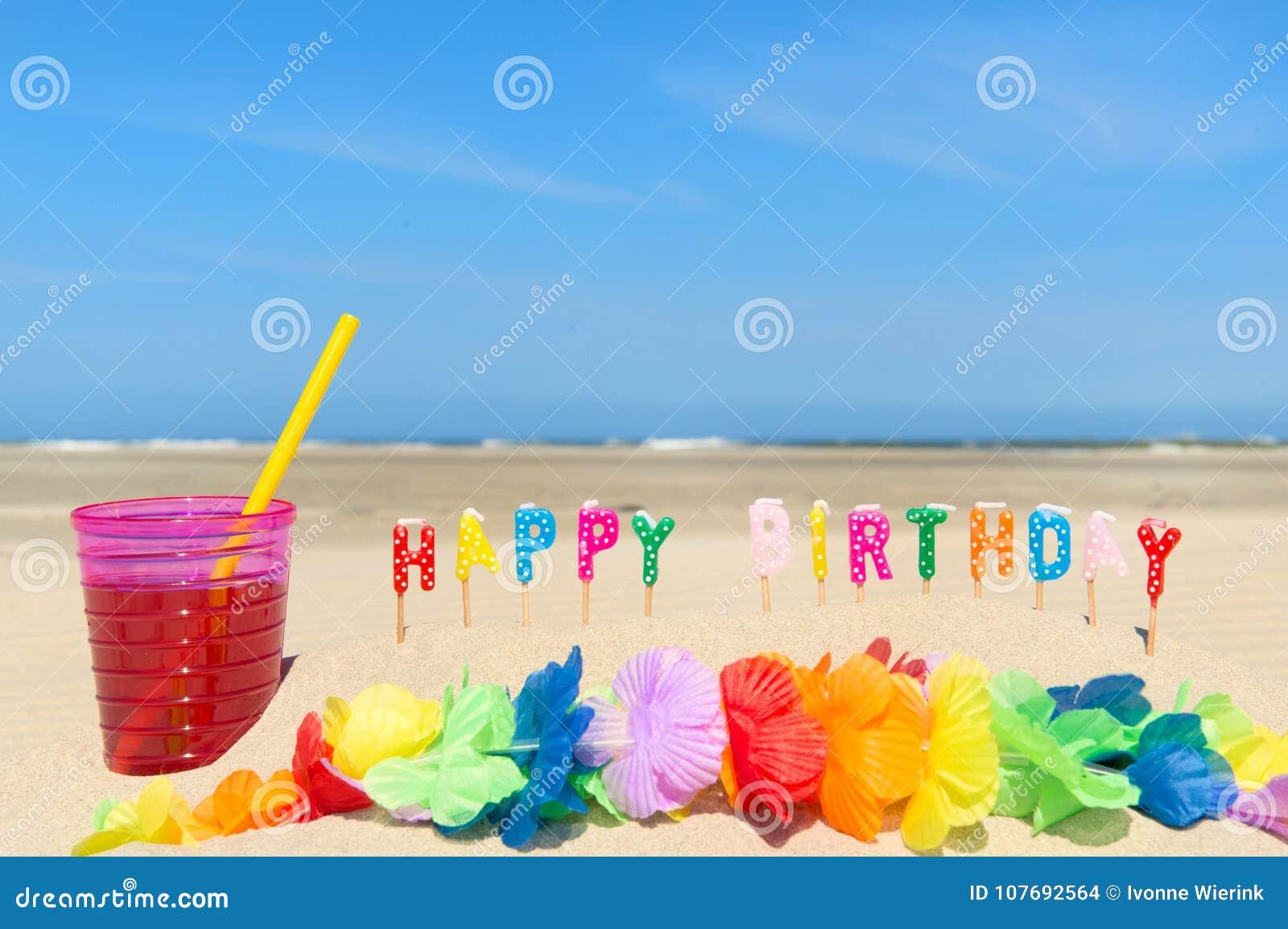 Feliz cumpleaños en la playa