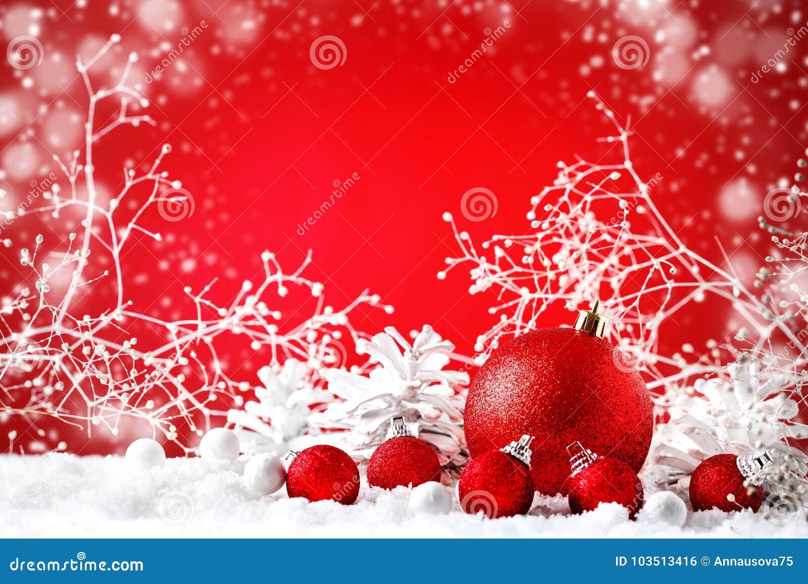 Feliz Natal e ano novo feliz Um fundo com as decorações do ano novo, fundo do ` s do ano novo com espaço da cópia