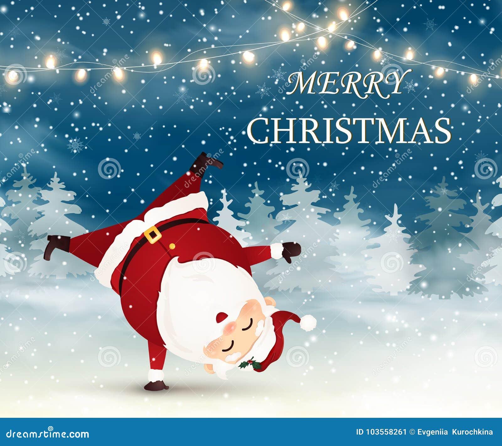 Feliz Natal Santa Claus bonito, alegre que está em seu braço na cena da neve do Natal