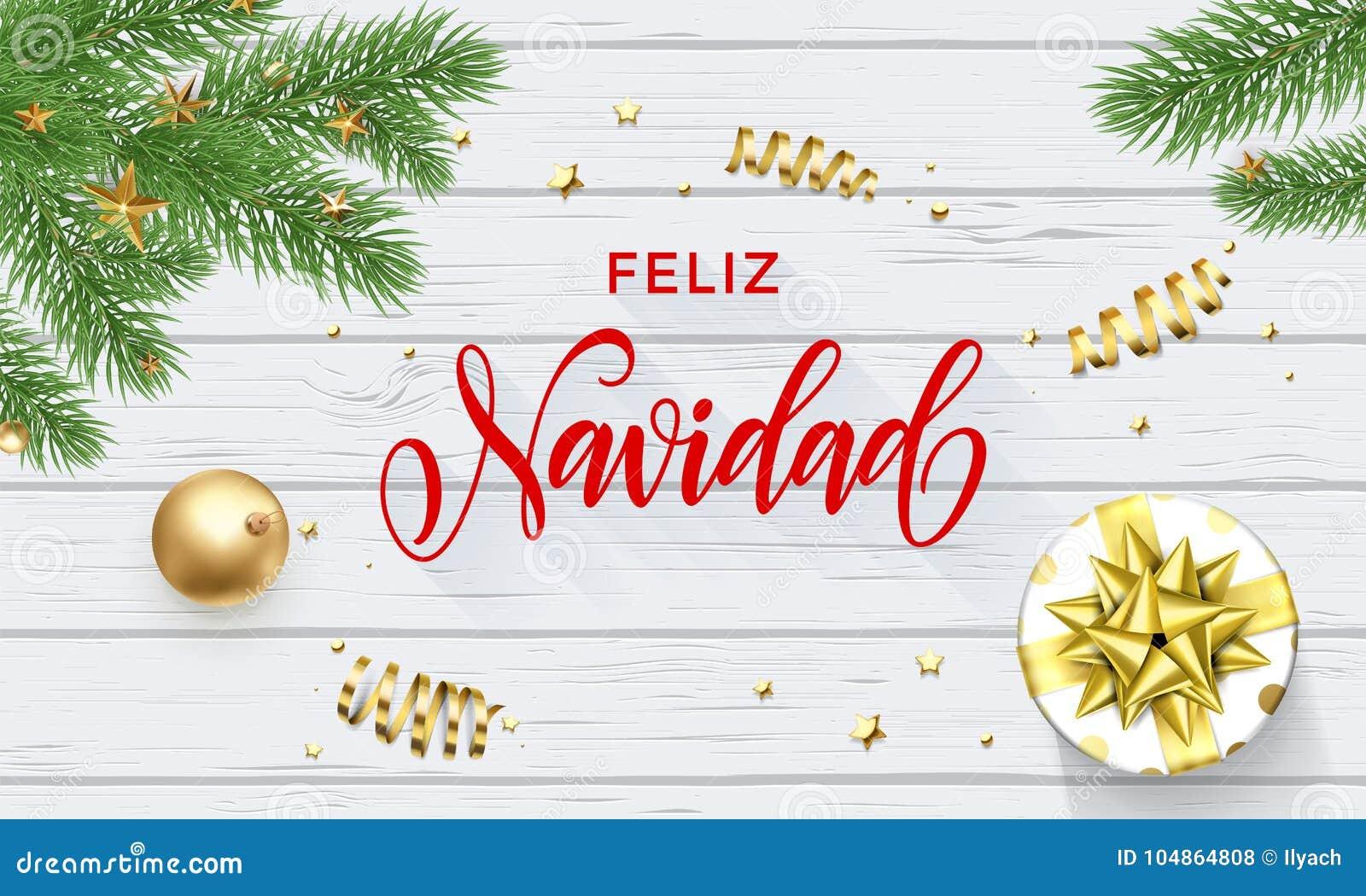 Feliz Navidad Spanish Merry Christmas guld- garnering- och kalligrafistilsort på vit träbakgrund för hälsningkort vektor