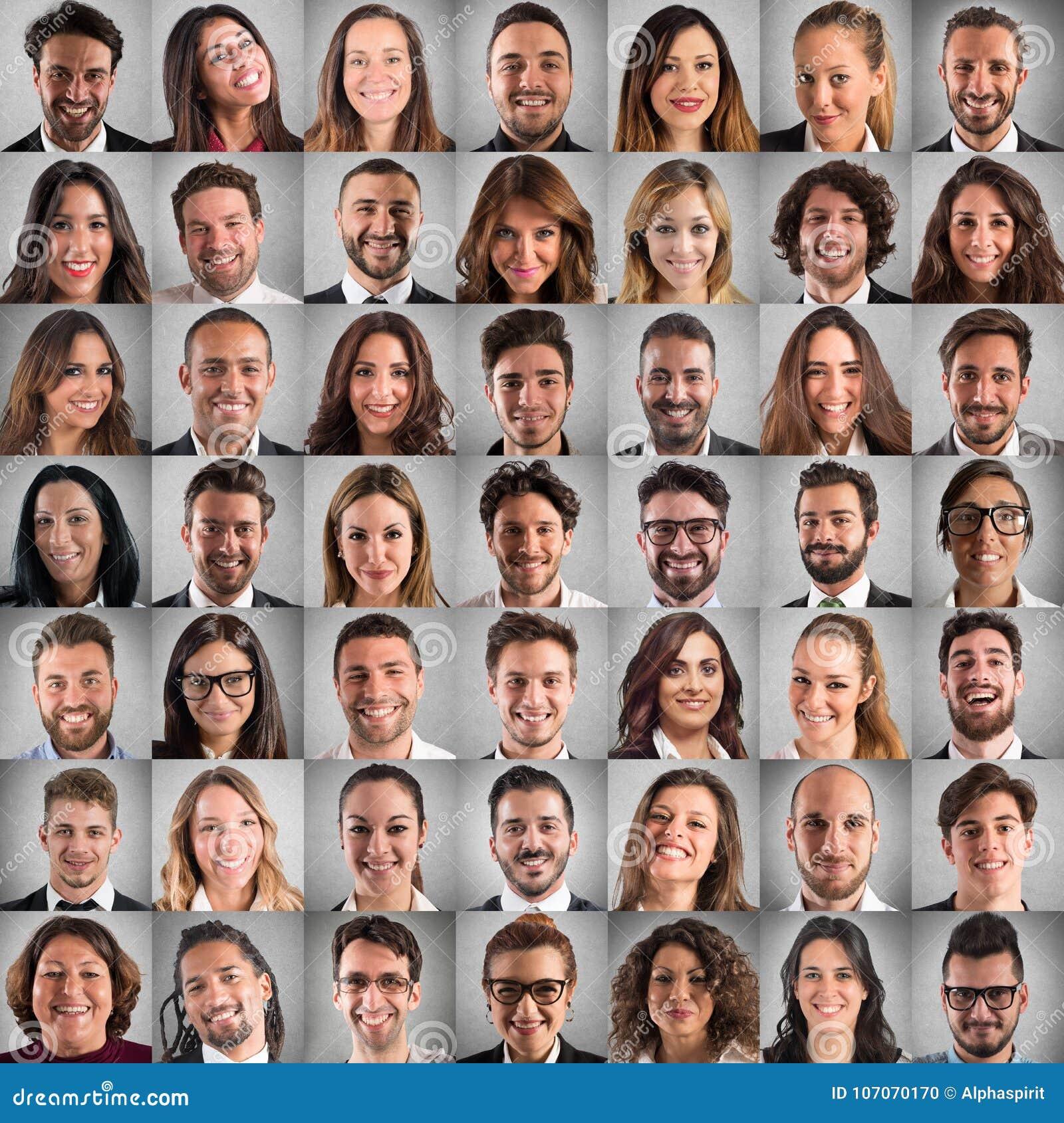Feliz y positivo hace frente al collage de hombres de negocios