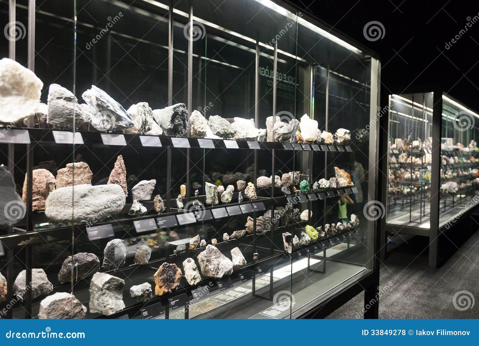 Felsen und Mineralien an Planeten vida Ausstellung
