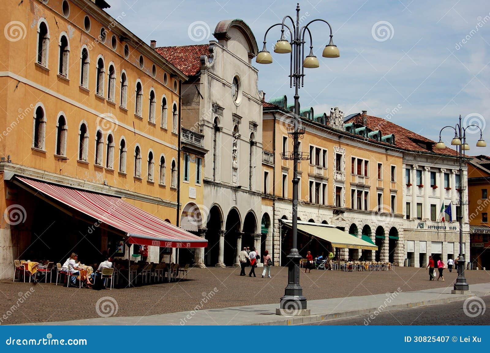 Feltre, Italia: Costruzioni di rinascita di Maggiore della piazza