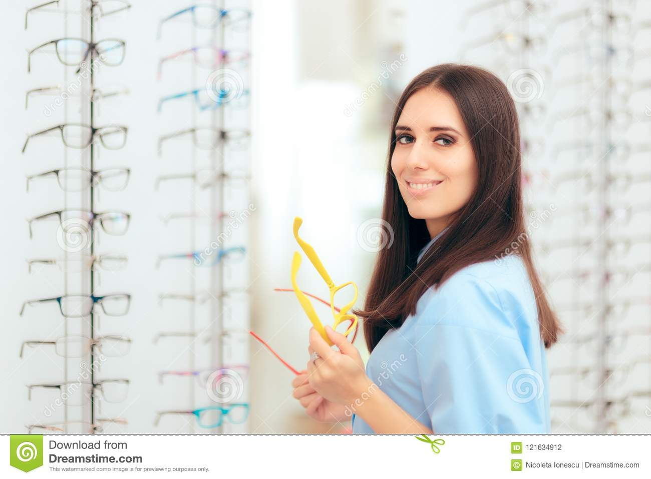 9f0ea6e2d2a Girl Choosing Eyeglasses Frames In Optical Store Stock Photo - Image ...