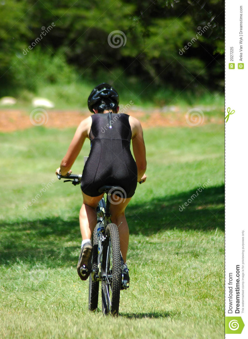 Cyclists body female Effect of