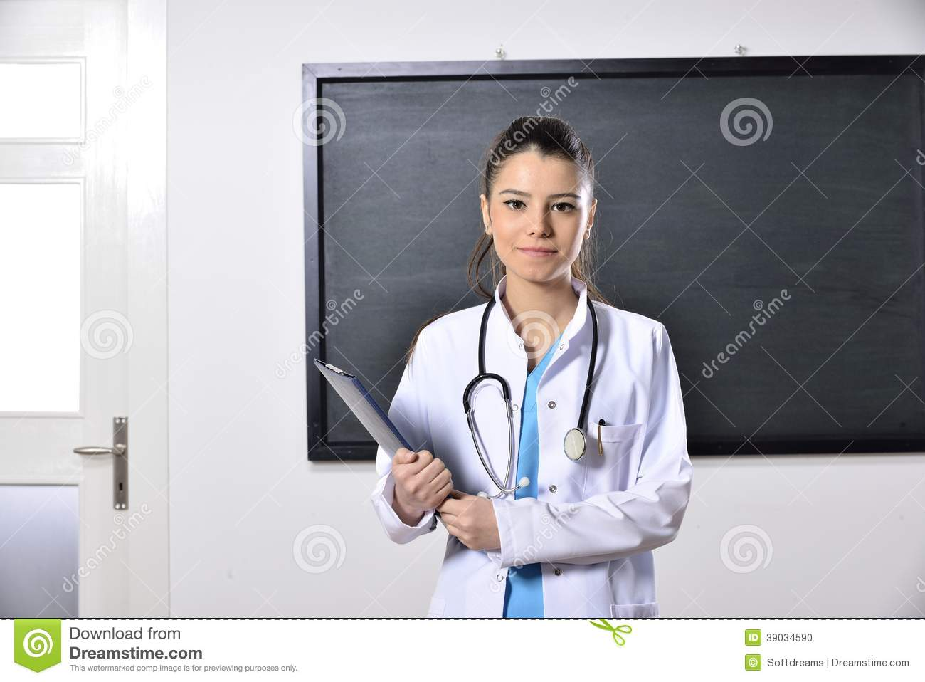 Dating a girl who is in med school