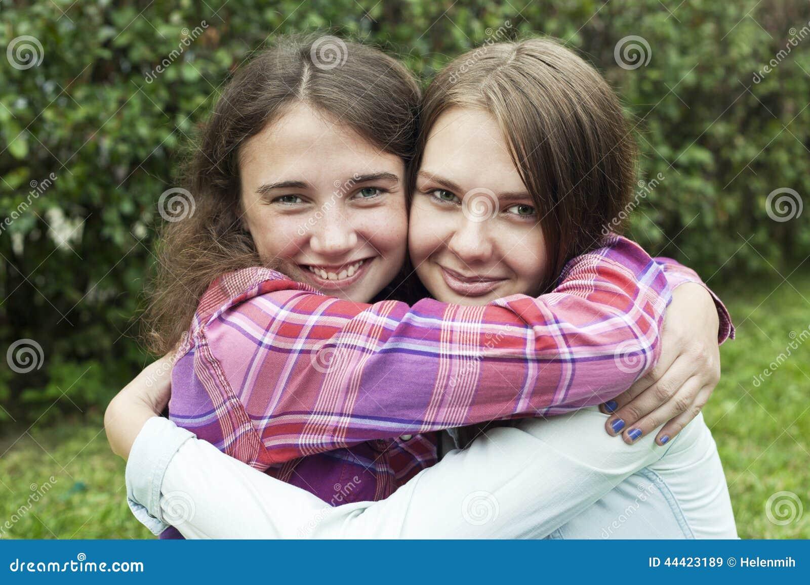 Фотографии трёх девушек друзей вместе 30 фотография