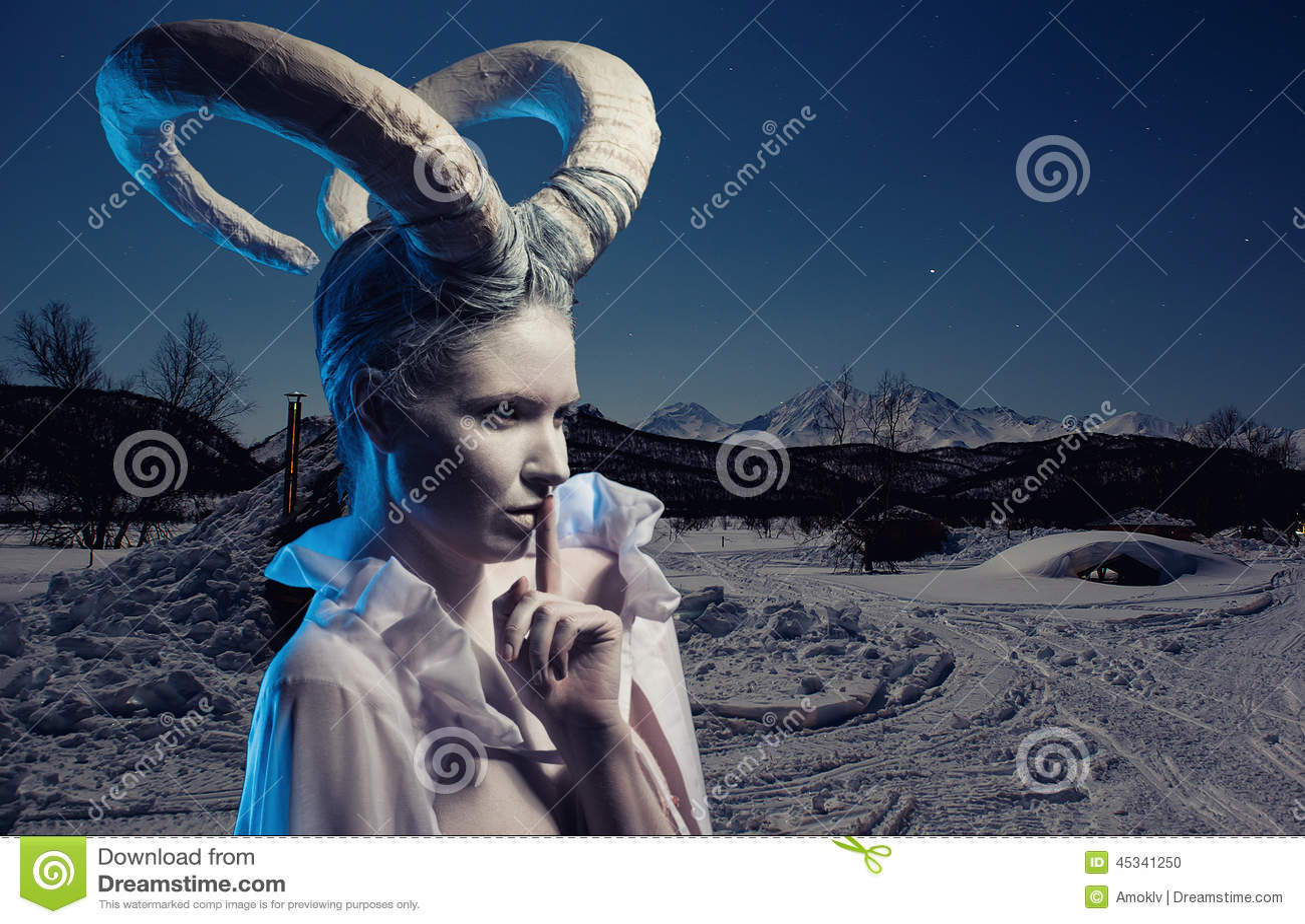 Фото жена с рогами 16 фотография
