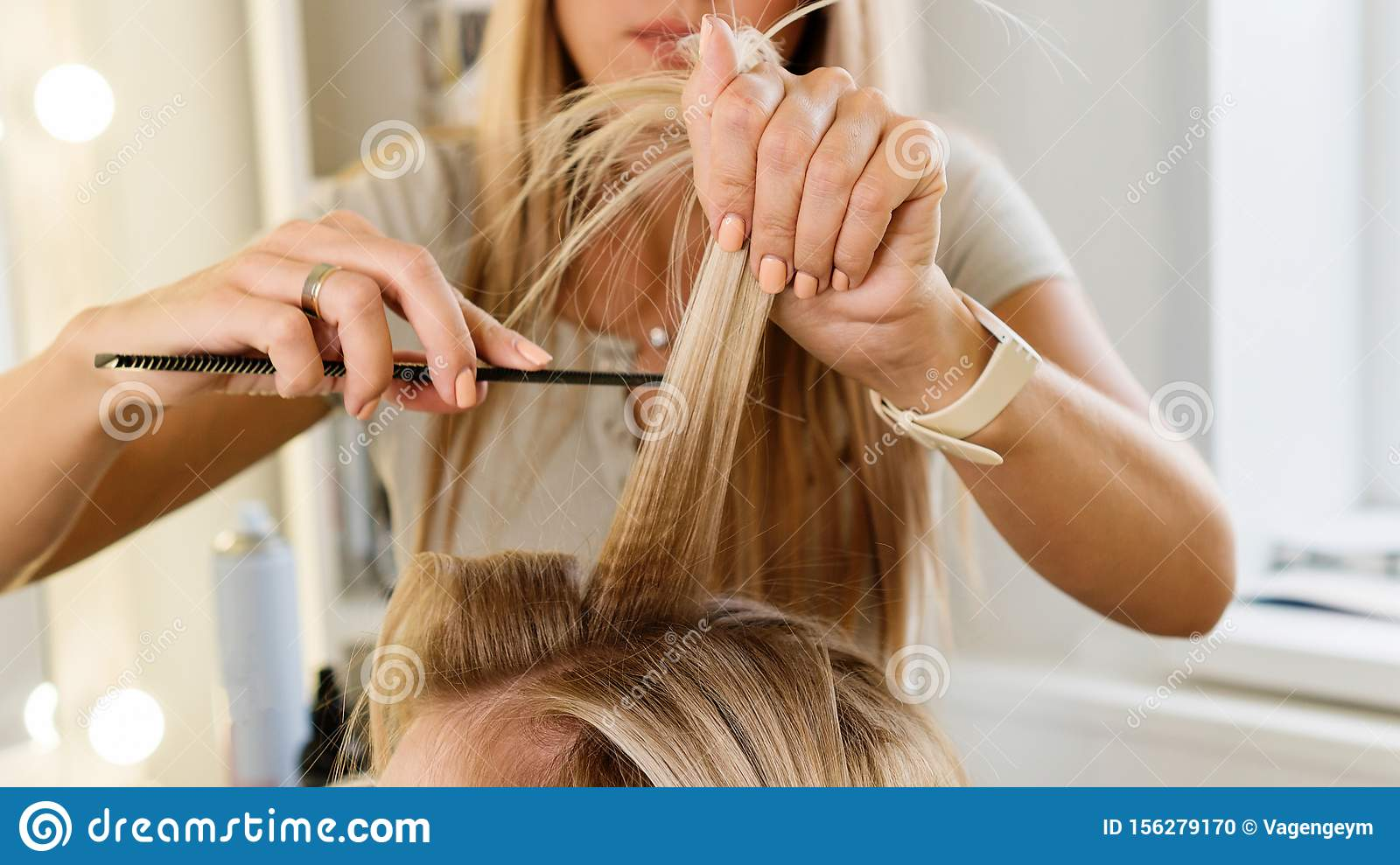 Creating hairstyle