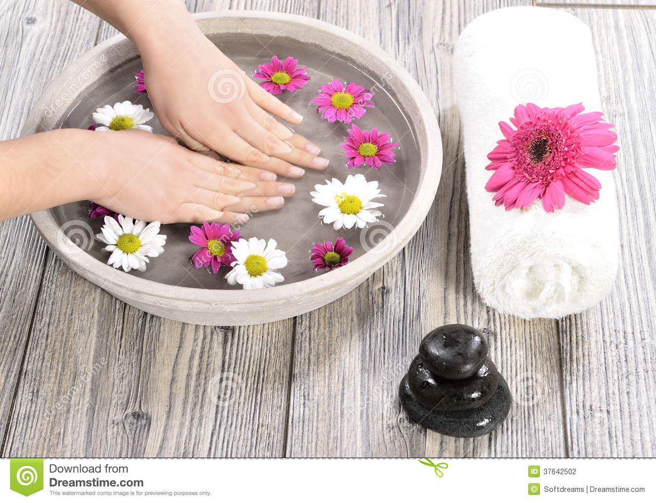 Female hand at spa salon on pedicure procedure stock photo for Photo salon