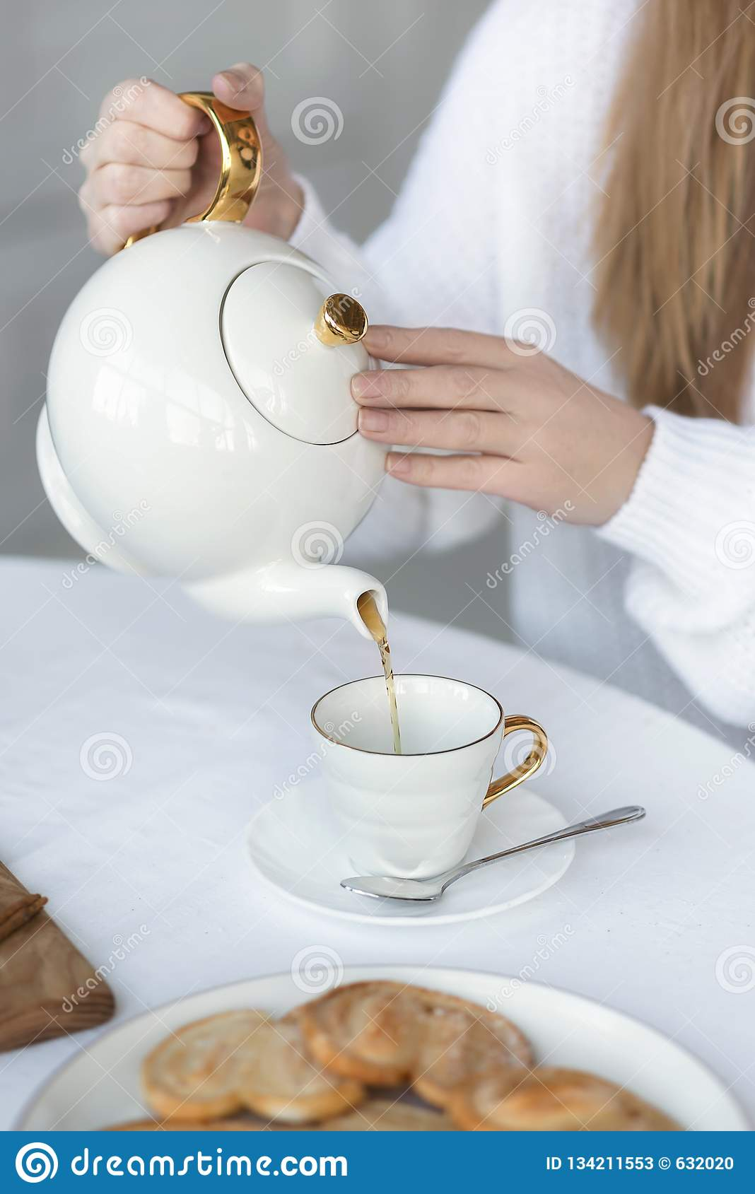 472 Female Hands Pouring Tea Cup Photos Free Royalty Free Stock Photos From Dreamstime