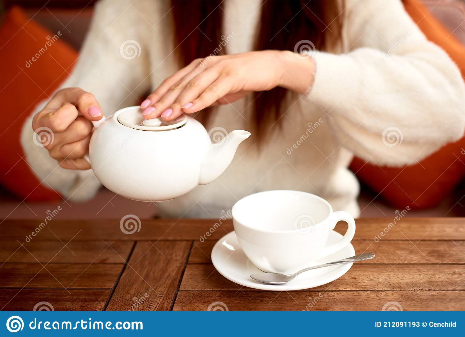472 Female Hands Pouring Tea Cup Photos Free Royalty Free Stock Photos From Dreamstime Hd wallpaper tea cup kettle hands