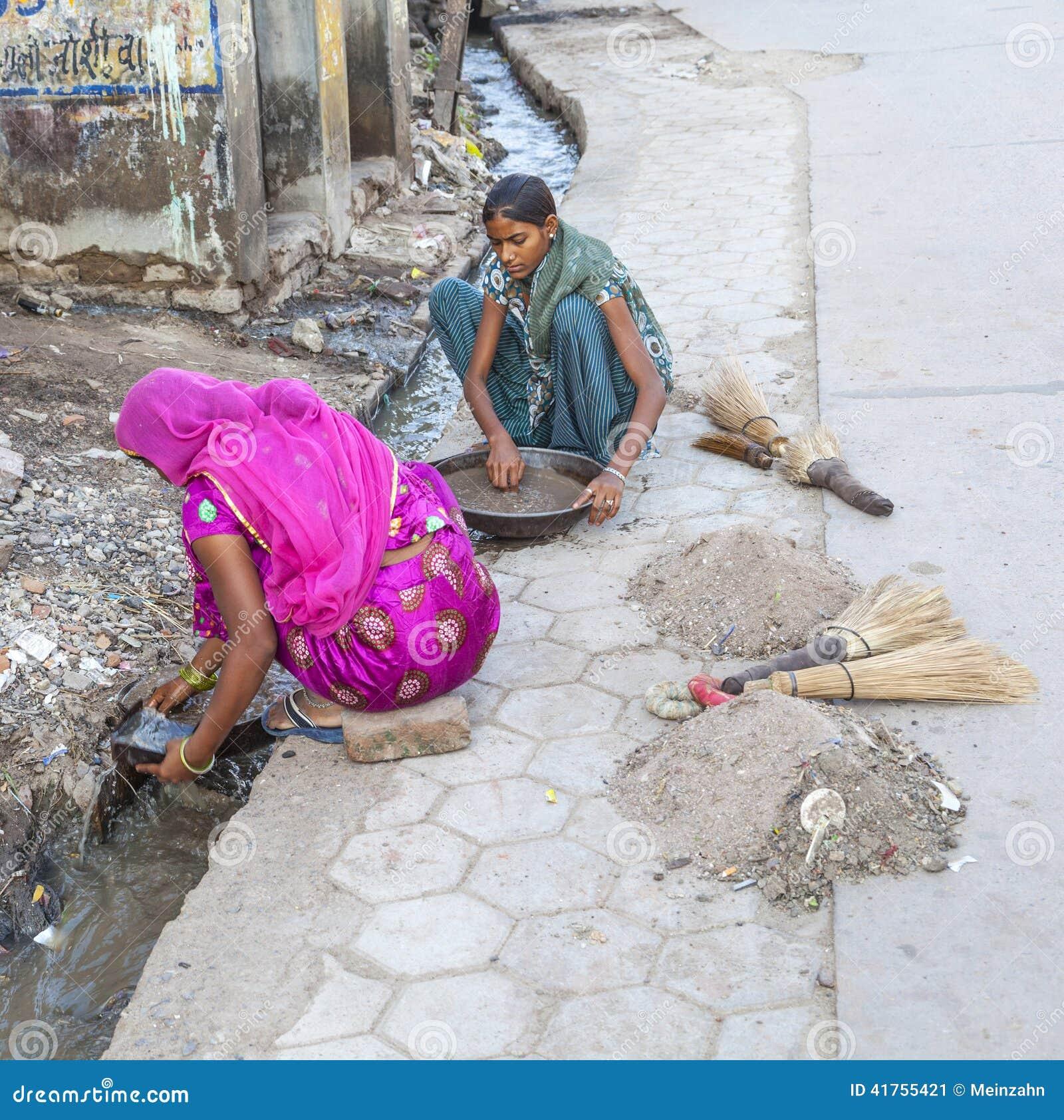 Female Road Sweeper In Bikaner, India Editorial Photo