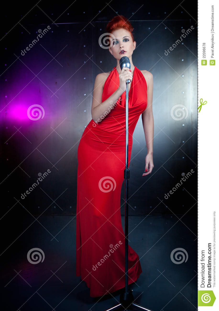 Singer Lady In Red