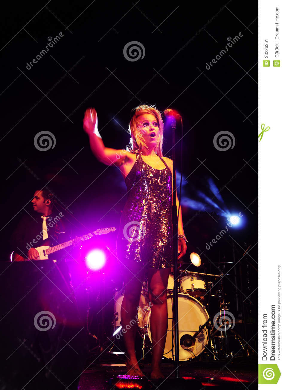 Female Singer On Stage Editorial Photo - Image: 33226361