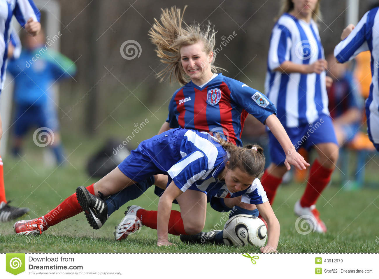 Female Soccer Intense Competition Editorial Stock Image Image 43912979