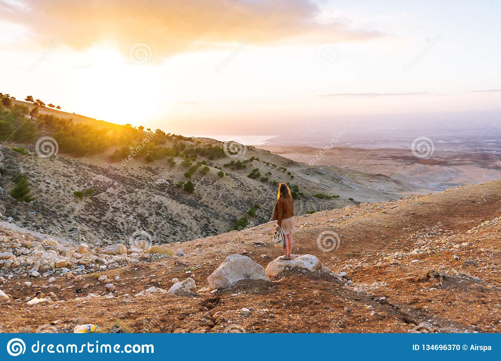 half off cfa4c 11520 Female Tourist Looking At A Beautiful Evening Landscape In ...