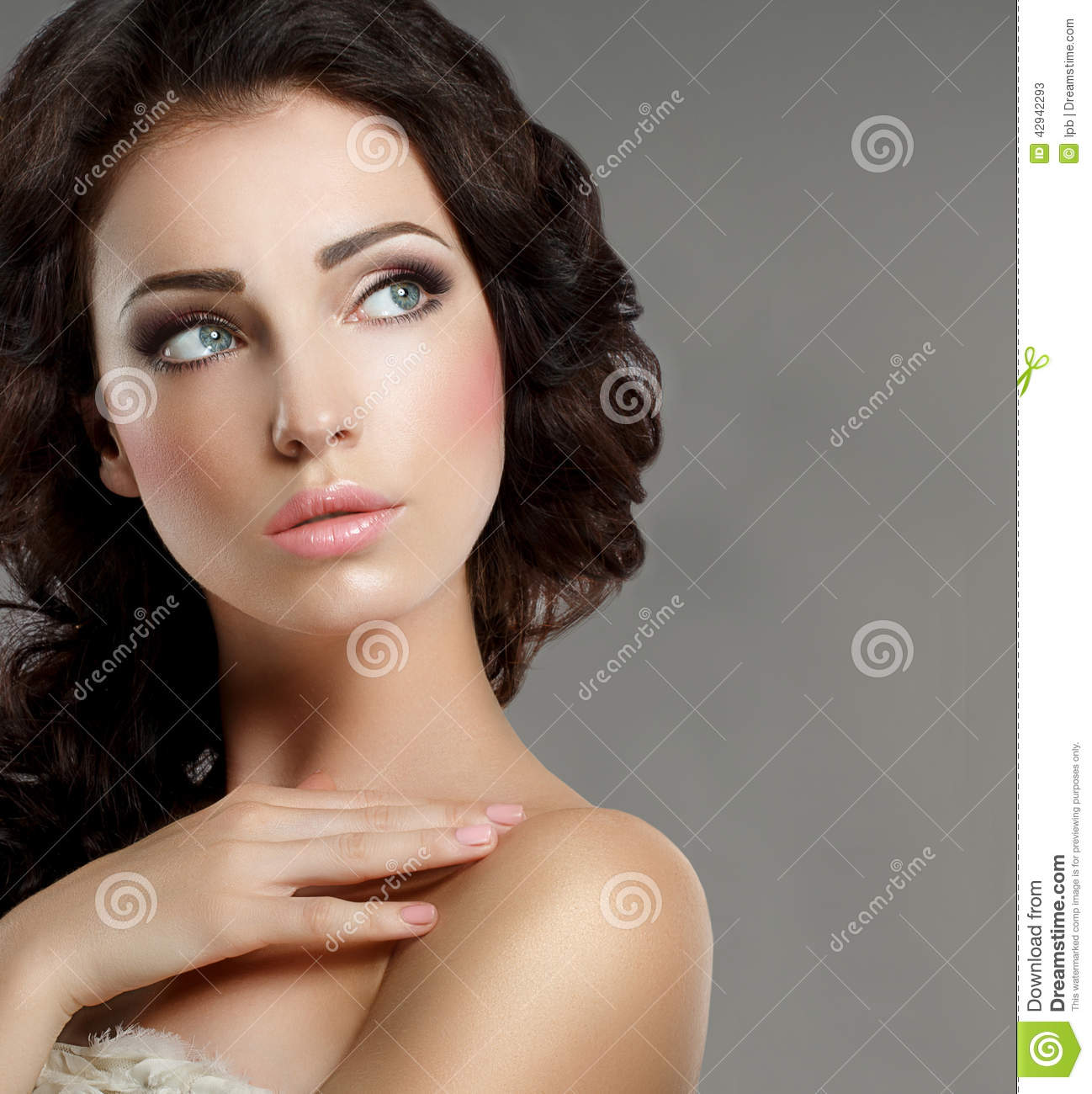Femininity. Groomed Woman's Face With Natural Makeup. Pure ...