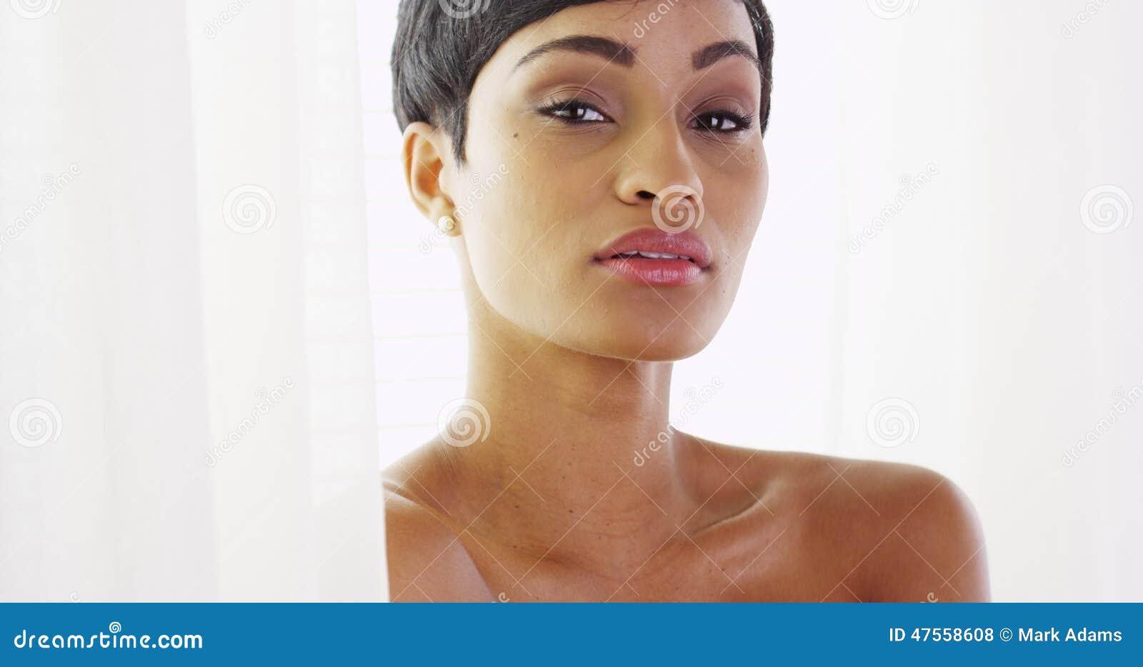 nu femme africaine photos