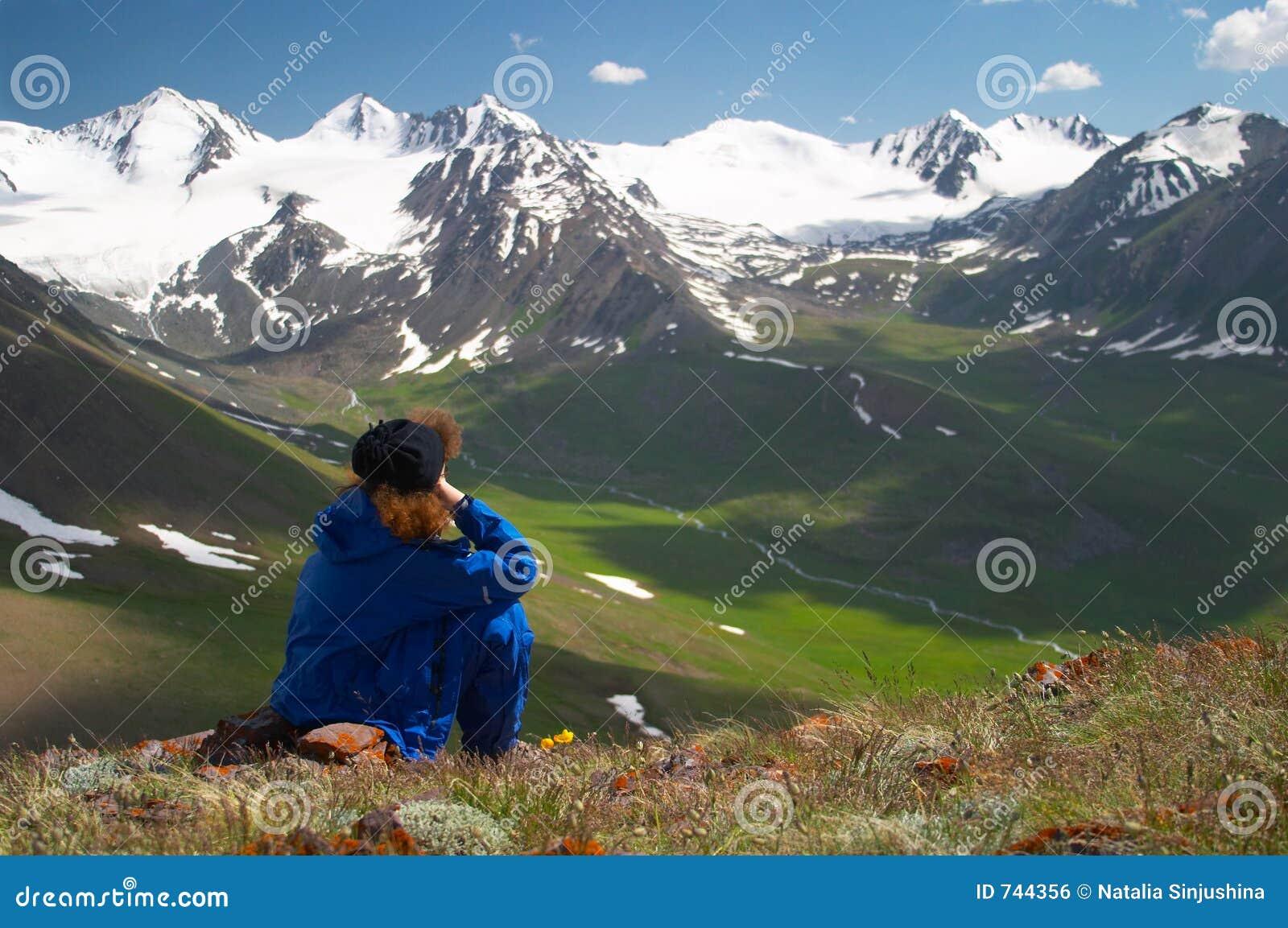 Femme appréciant le Mountain View 2
