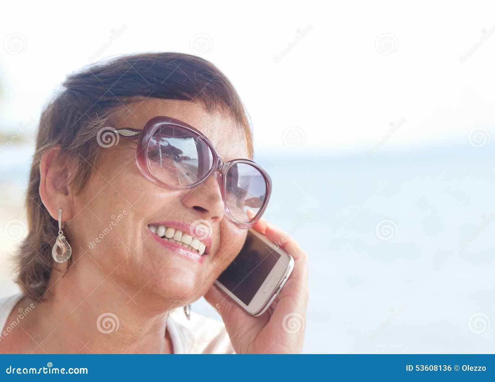 Contacte femme avec telephone