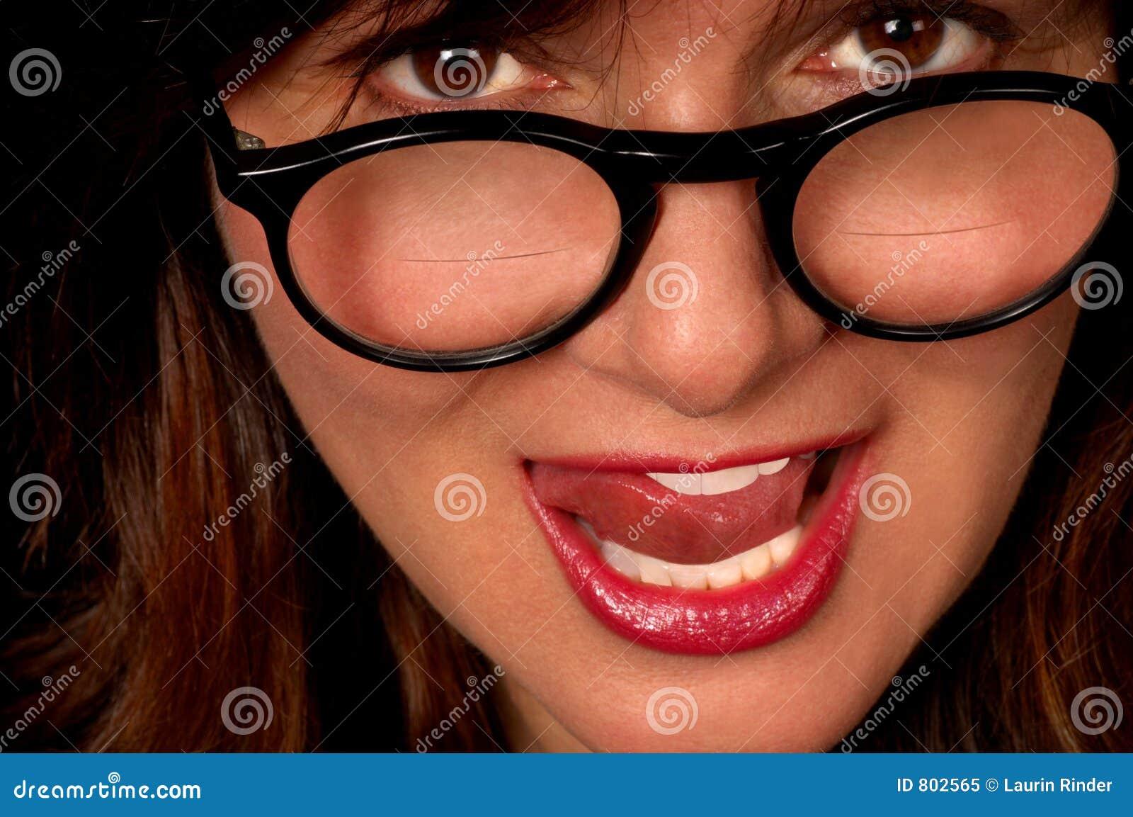 Femme avec Bifocals