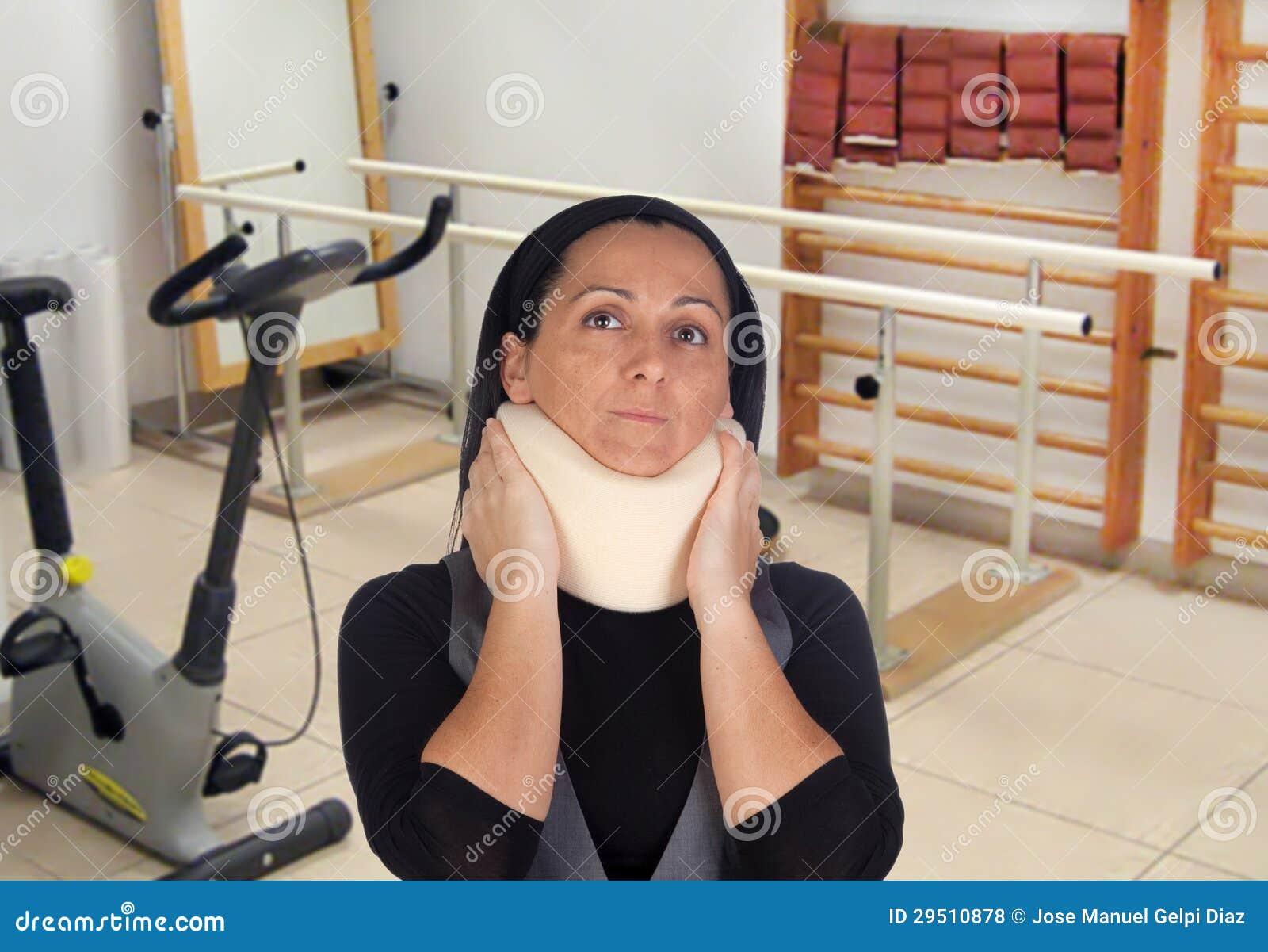 collier cervical femme