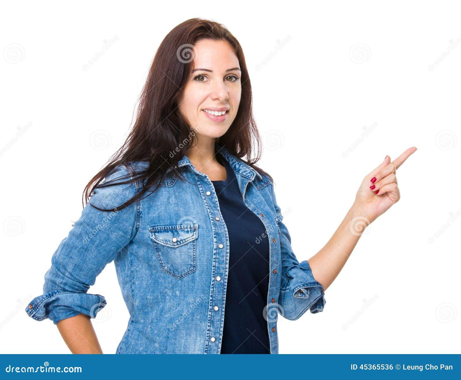 Femme avec le doigt vers le haut