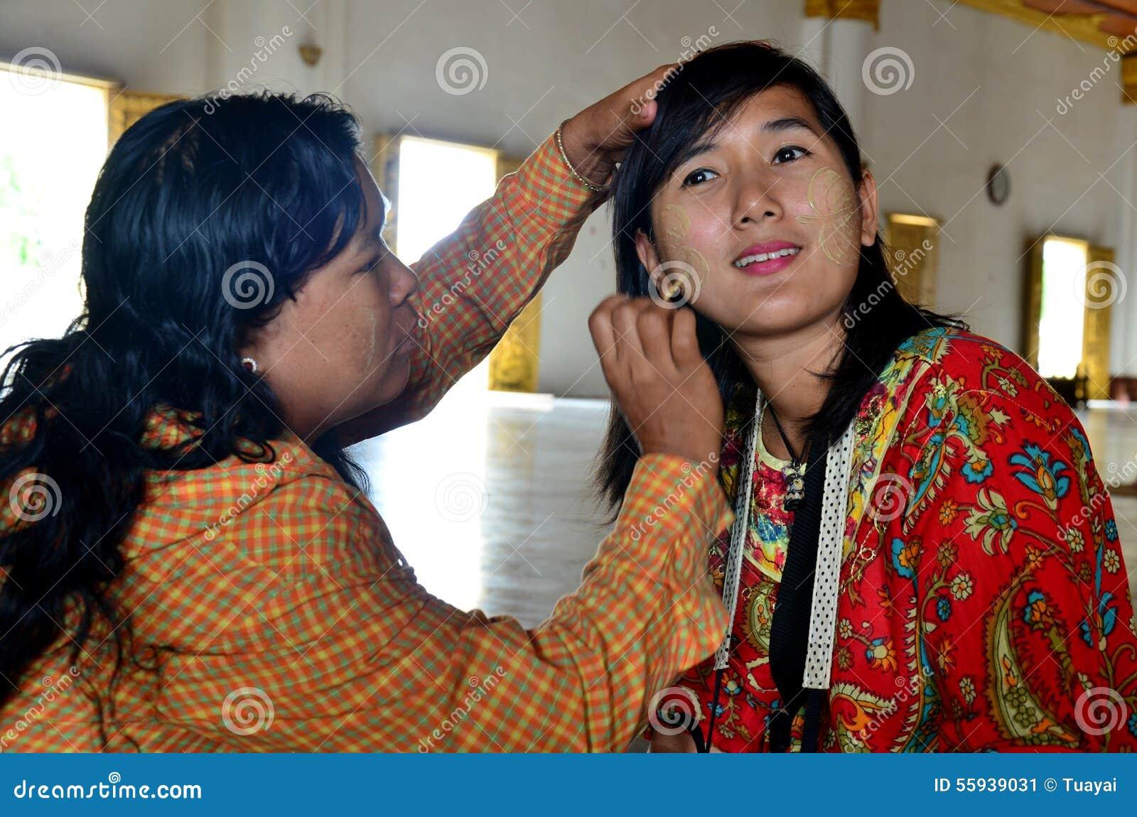 maquillage femme birmane