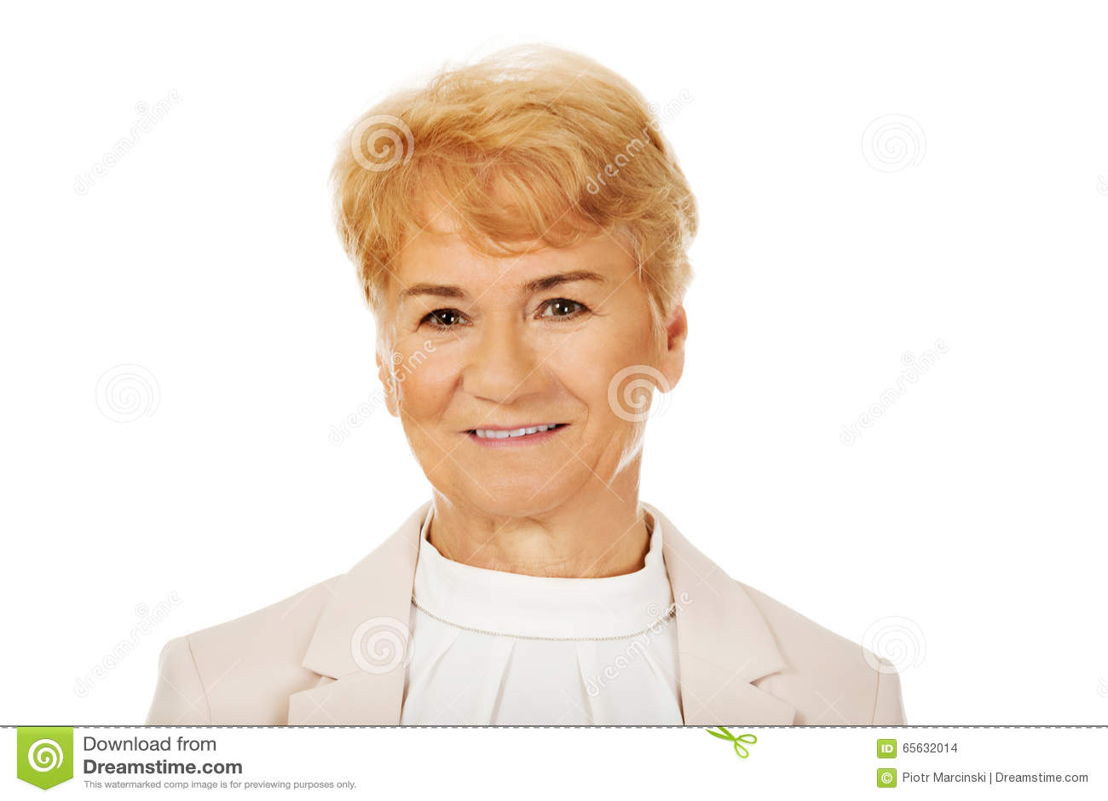 Femme blonde supérieure élégante de sourire