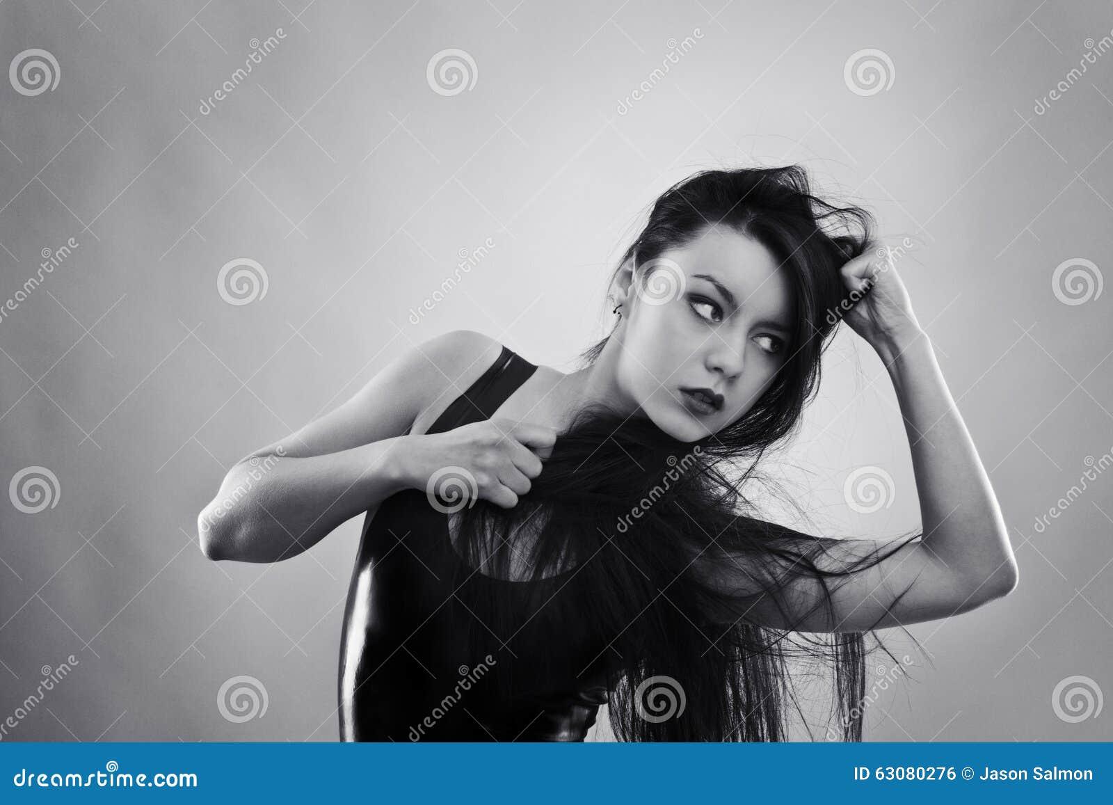 Download Femme dans le latex photo stock. Image du adulte, modèle - 63080276