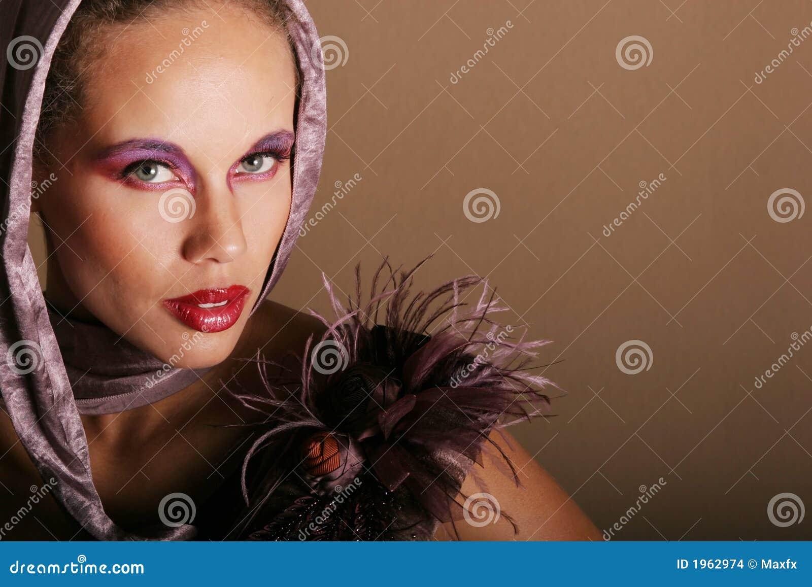Femme de couleur sexy