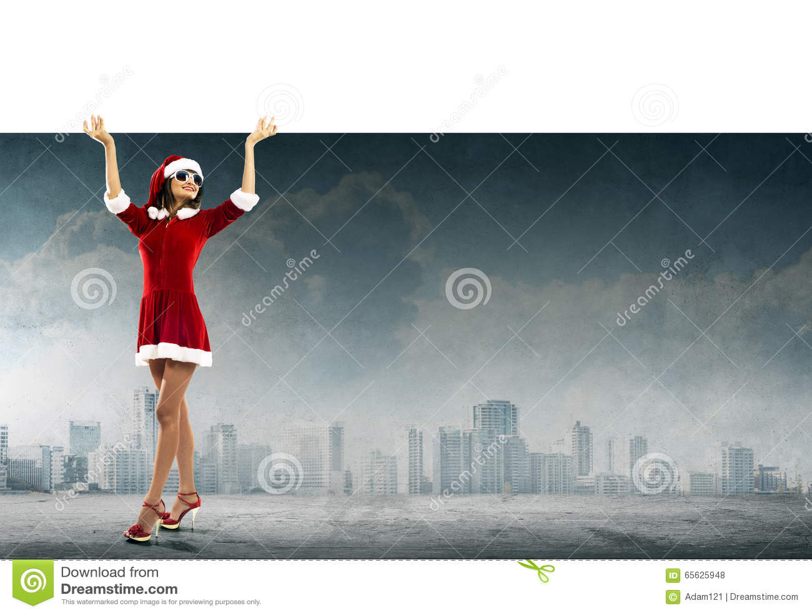 Femme de Santa avec la bannière