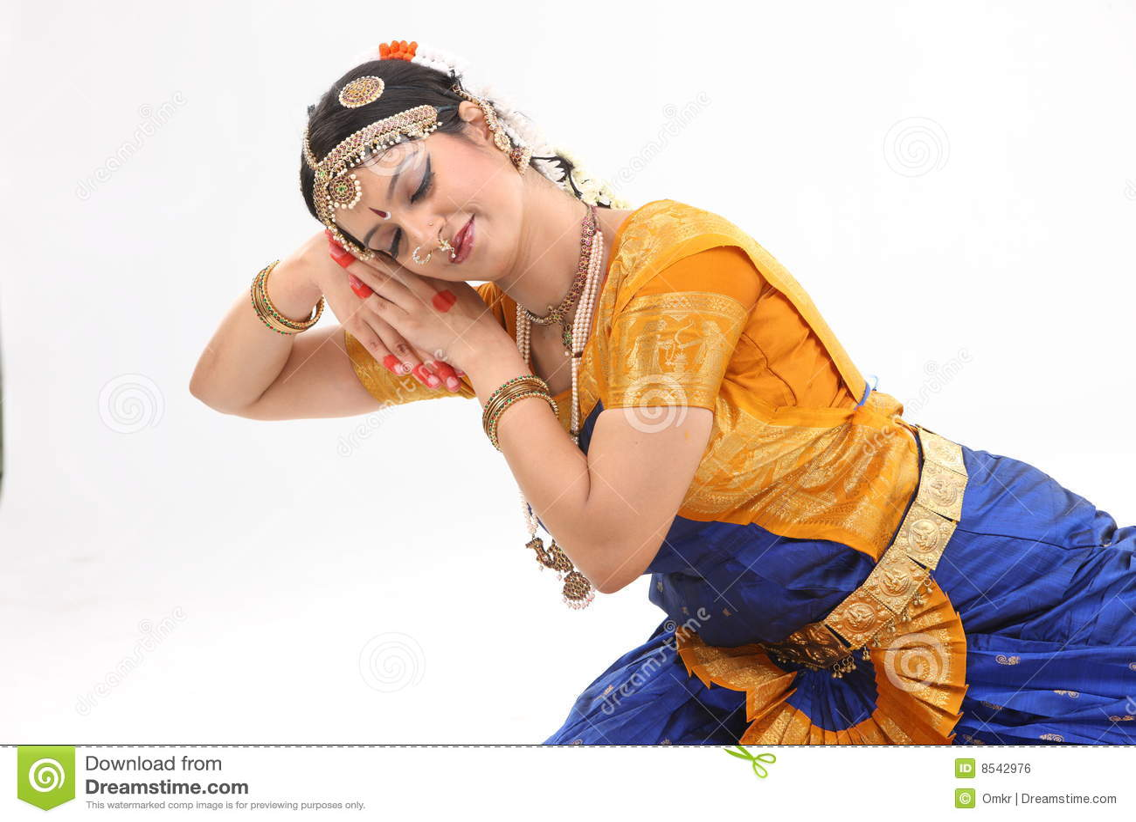 Femme de tradition d expression fait par danse