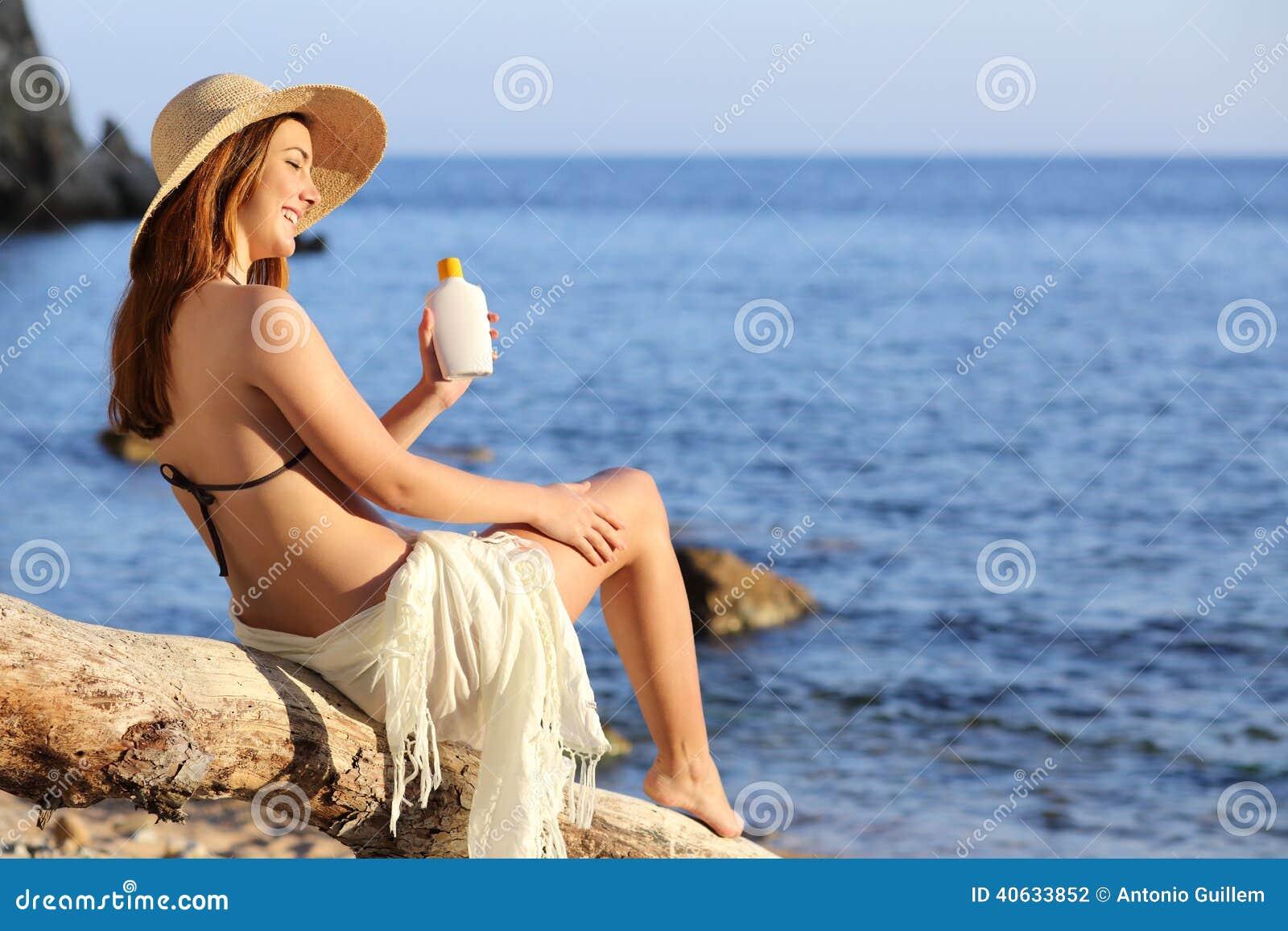 Femme prend la bbc en vacances