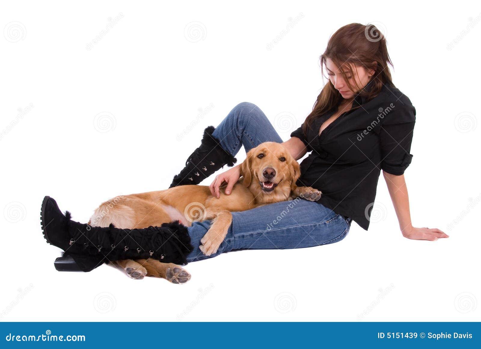 Femme et chien d arrêt d or.