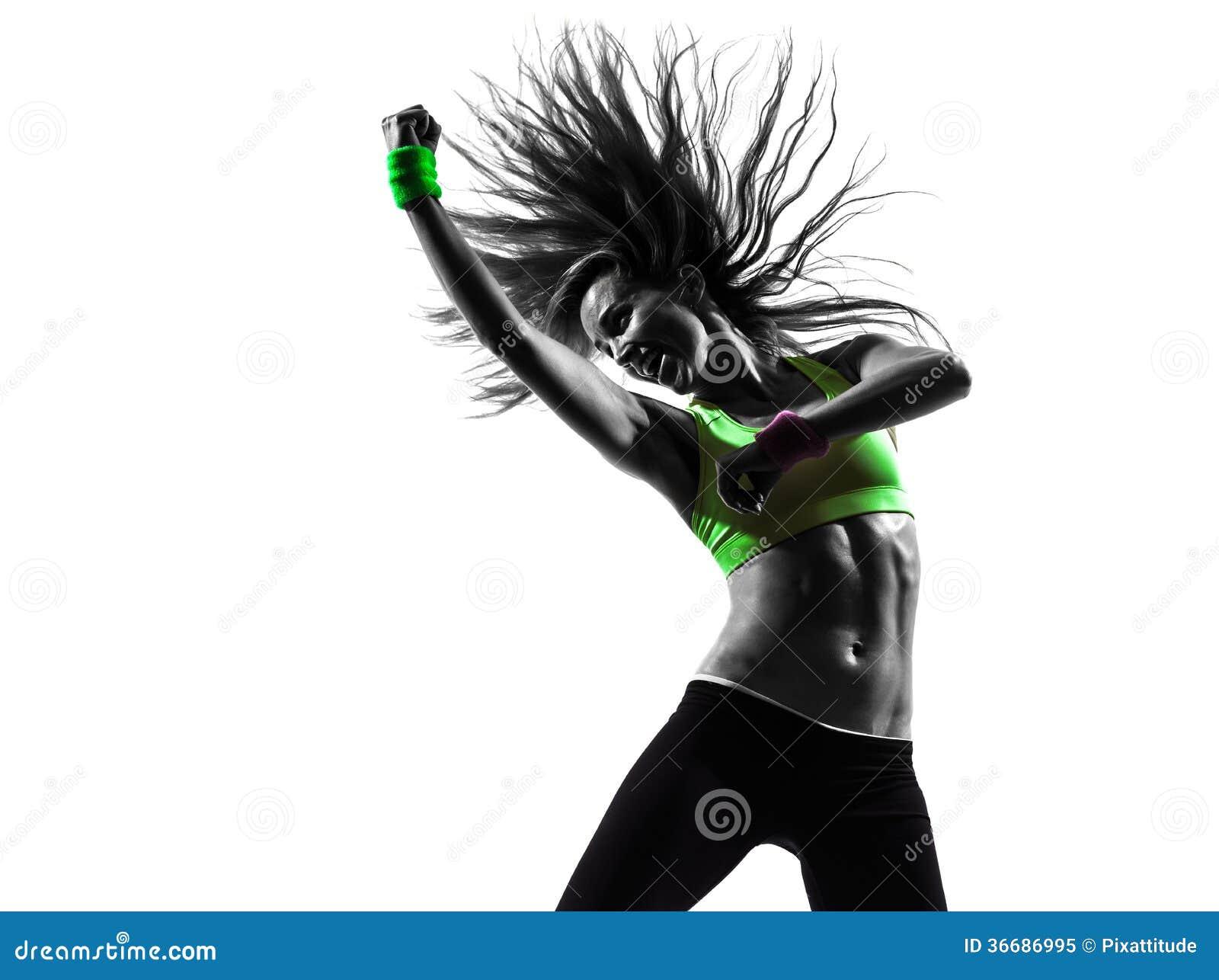 Femme exerçant la silhouette de danse de zumba de forme physique