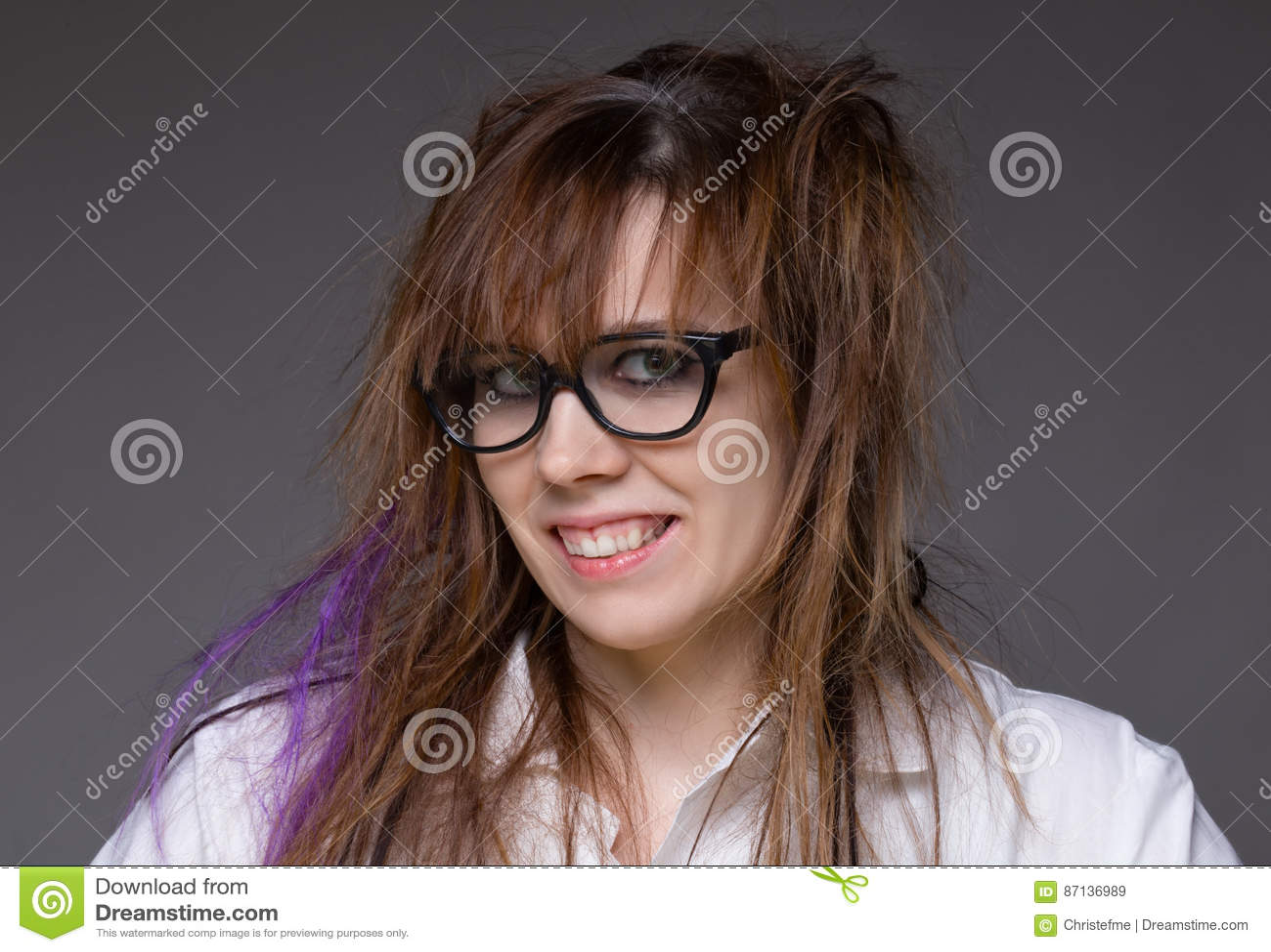 Femme Hirsute Photo femme hirsute de sourire de scientifique image stock - image du