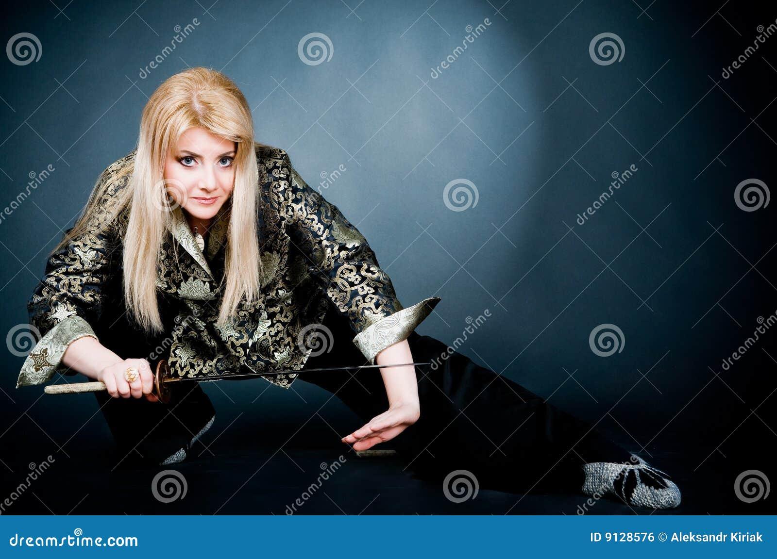 Femme Attirant Photo Japonais Image Stock Chemise Exercice De gCxgnBqr