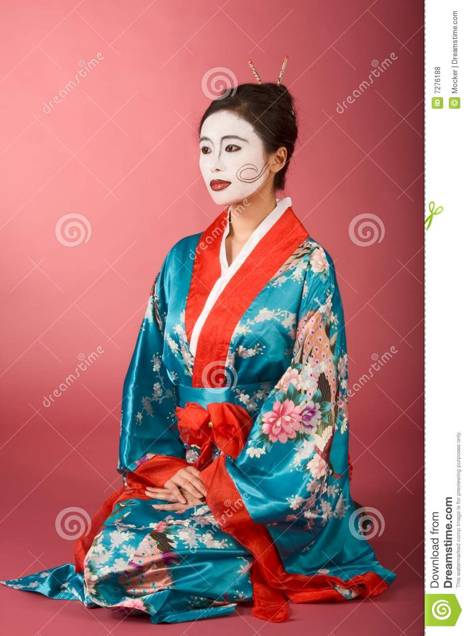 femme japonais de geisha dans le kimono et le facepaint photos libres de droits image 7276188. Black Bedroom Furniture Sets. Home Design Ideas