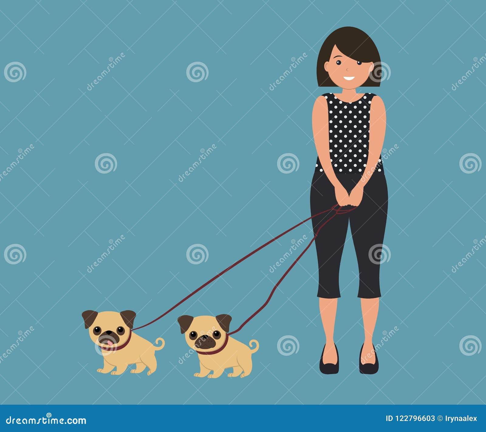 Femme mignonne avec deux chiens de roquet