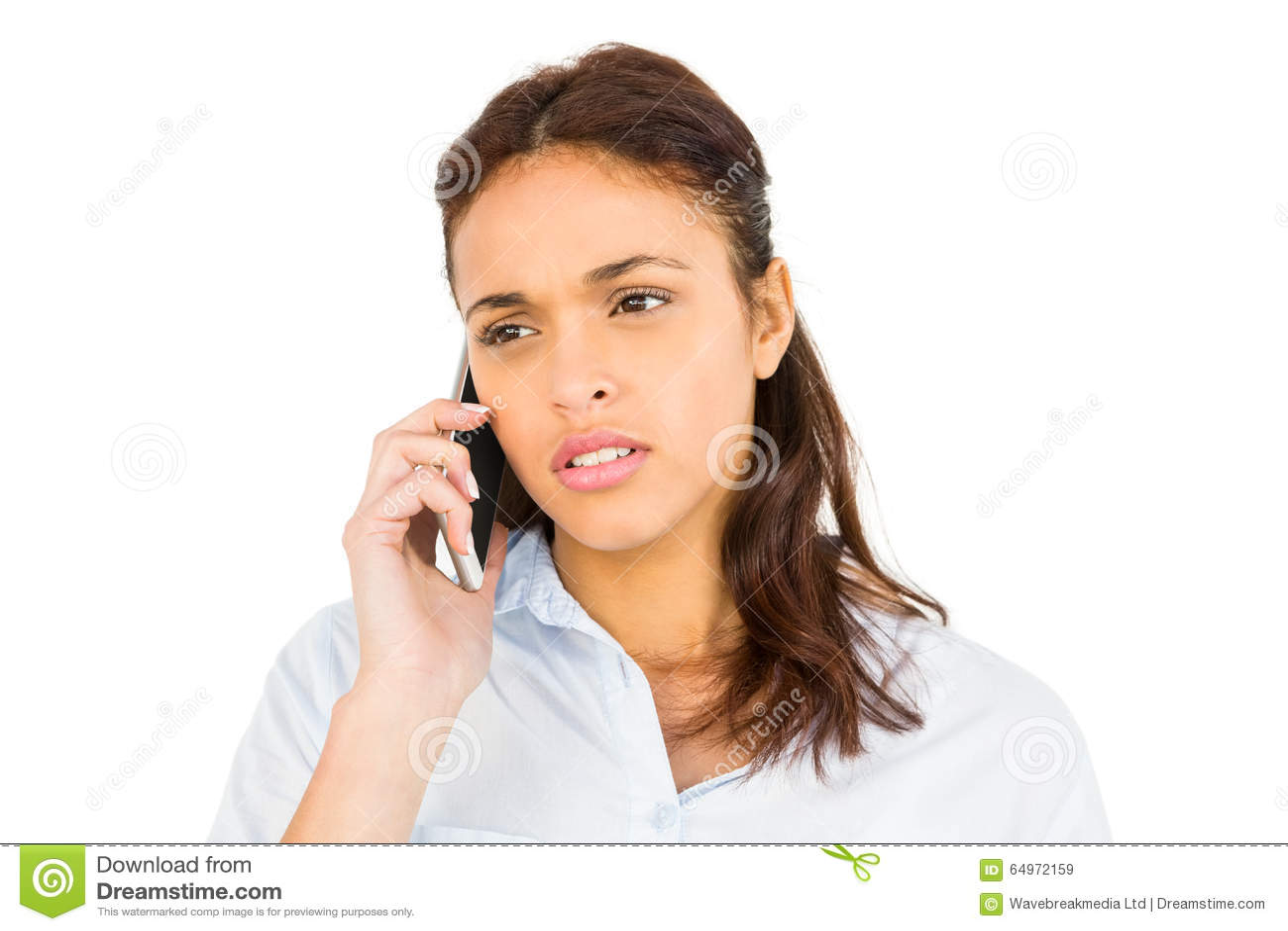 Femme occasionnelle inquiétée au téléphone