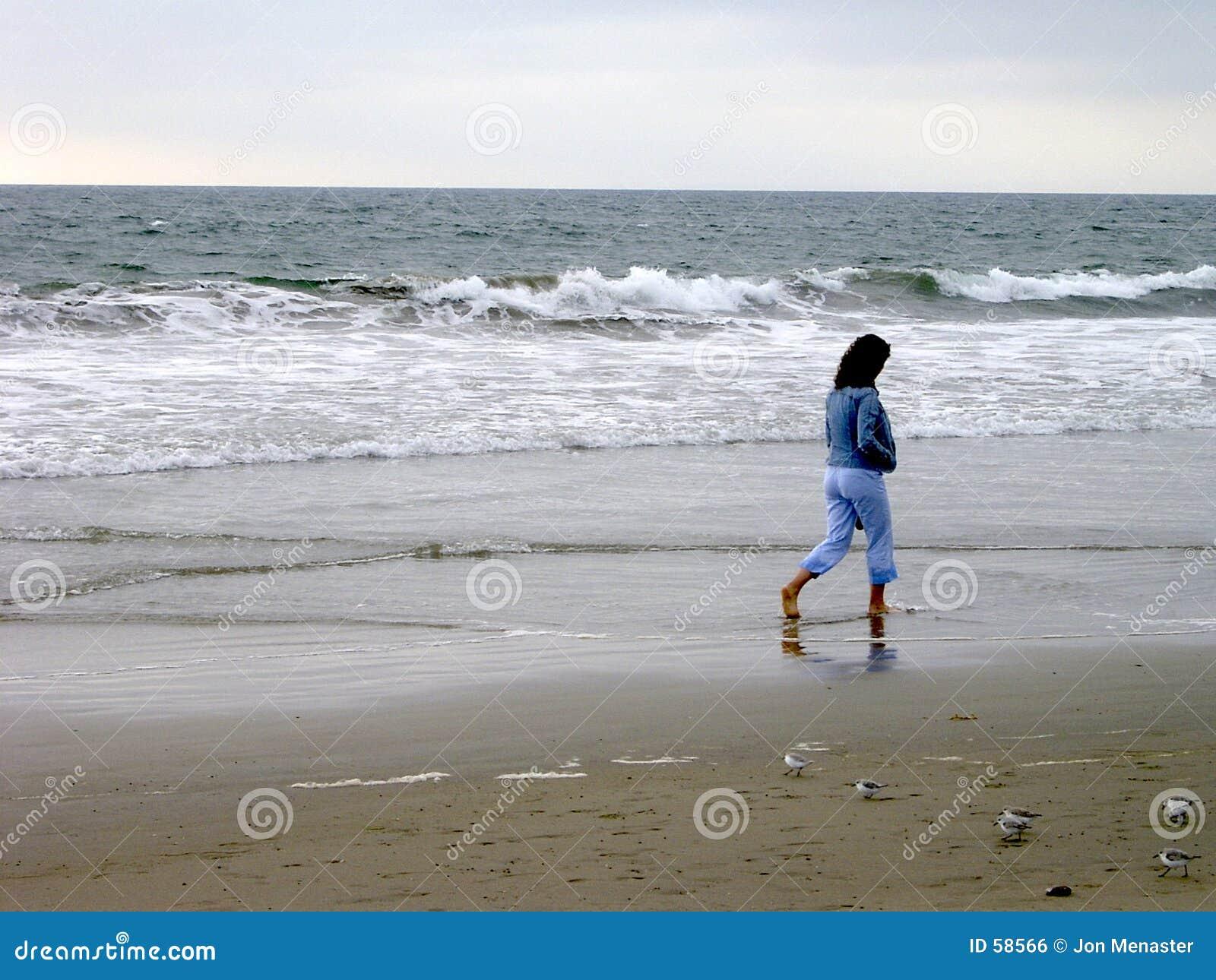 Download Femme seul photo stock. Image du triste, réflexion, tristesse - 58566