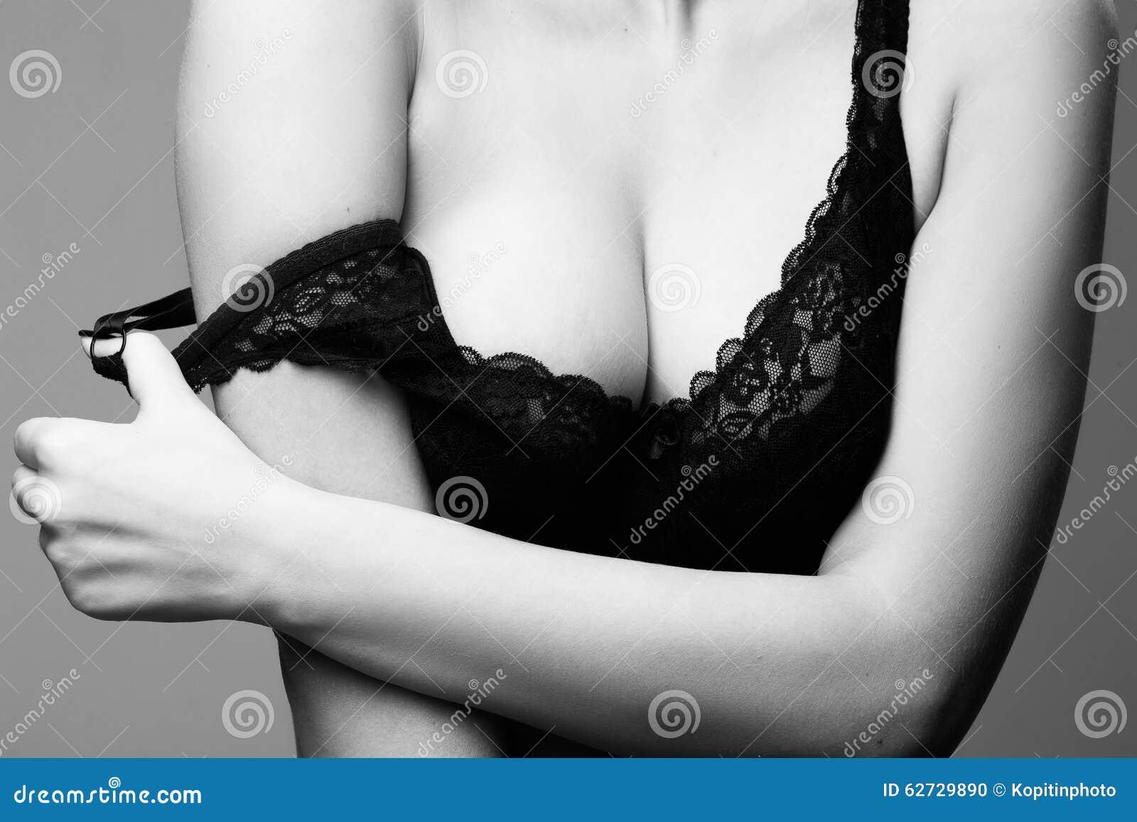 Photo libre de seins humides