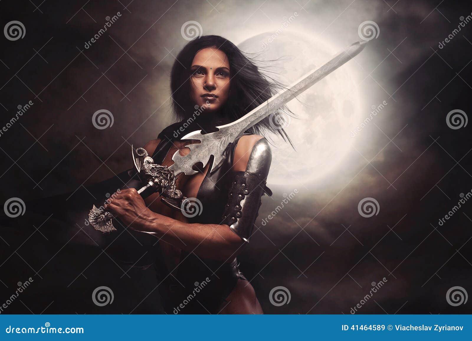 Femme sexy de guerrier