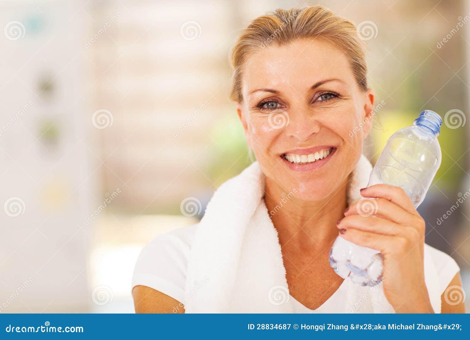 Femme supérieure en bonne santé