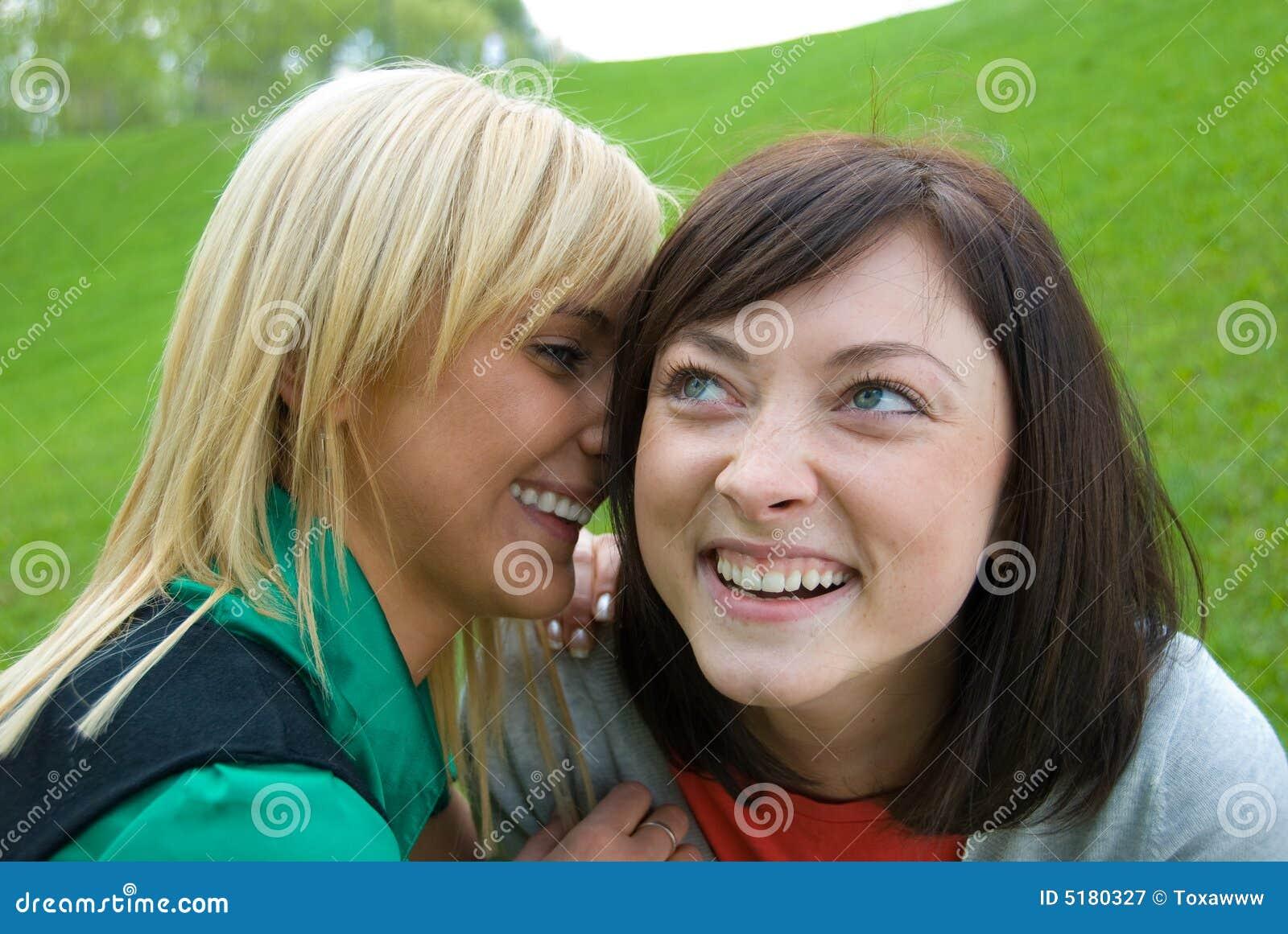 lesbiennes sexe secrets
