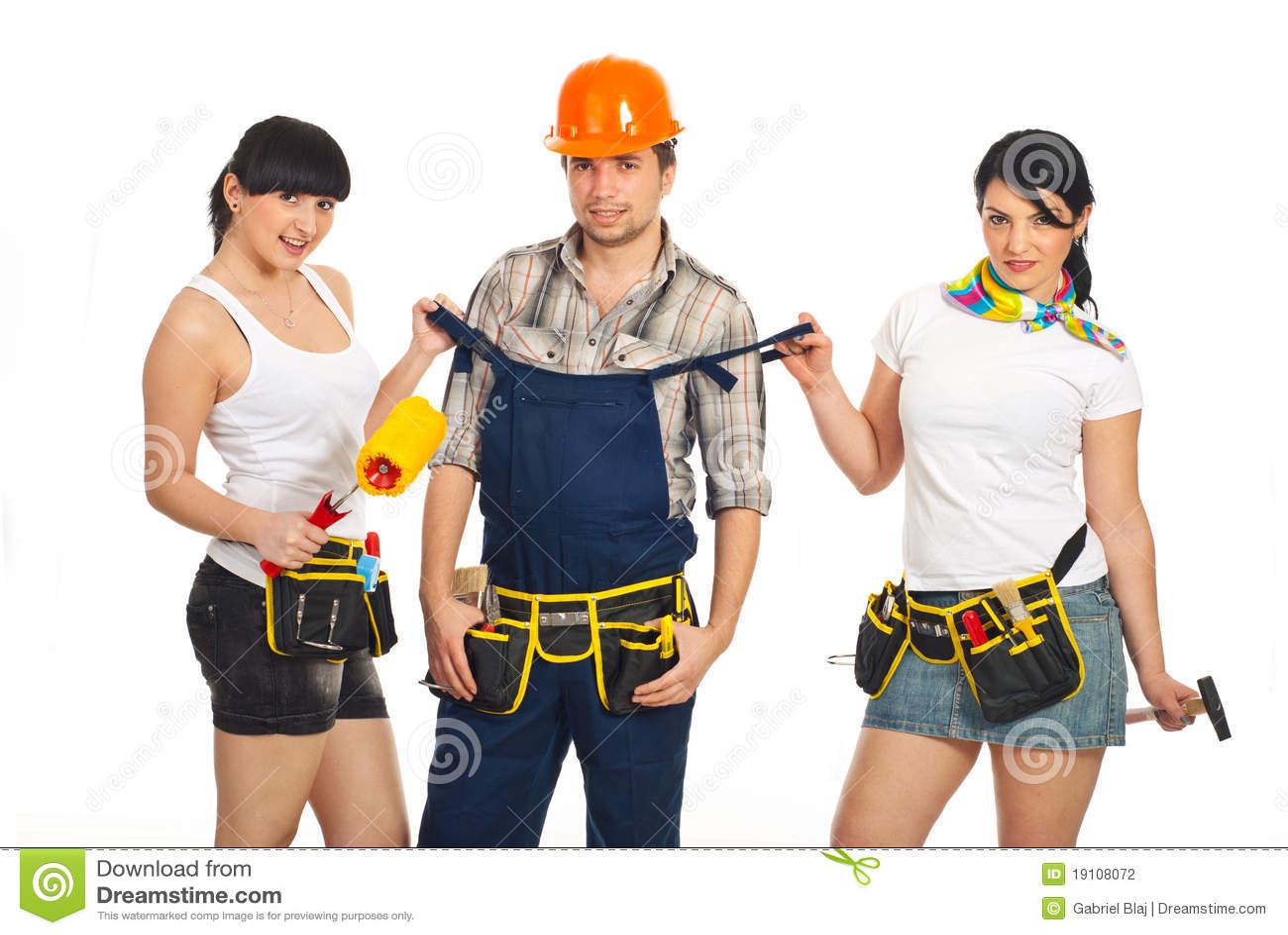 3 ouvriers se tapent la salope de proprio 9